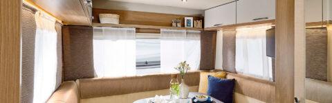 Täiskomplekteeritud karavanid, mis tagavad turvalist puhkust perega või sõpradega.